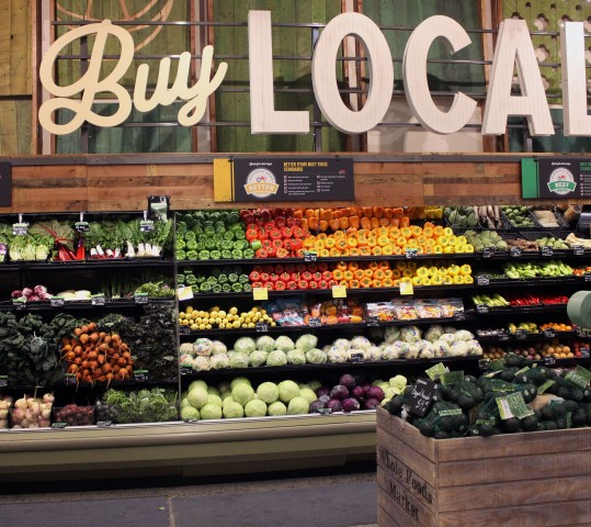 Organic consumers hungry for more local products