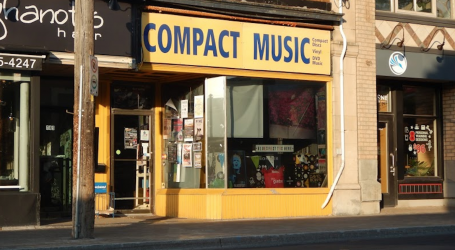Ottawa stores keep records alive