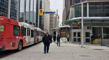 Ottawa transit users concerned about reliability of OC Transpo's new travel app
