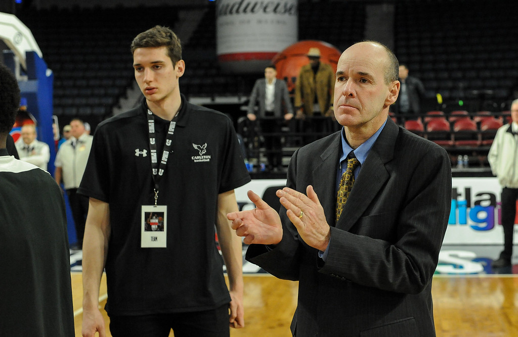 Dave Smart steps down as head coach of Carleton's men's basketball team