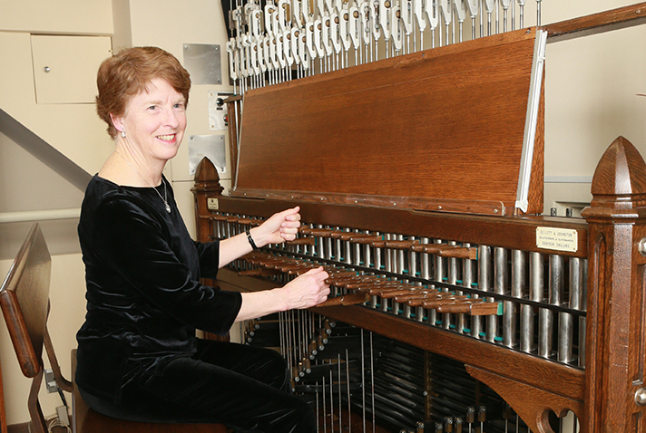 Dominion Carillonneur plays the Voice of the Nation