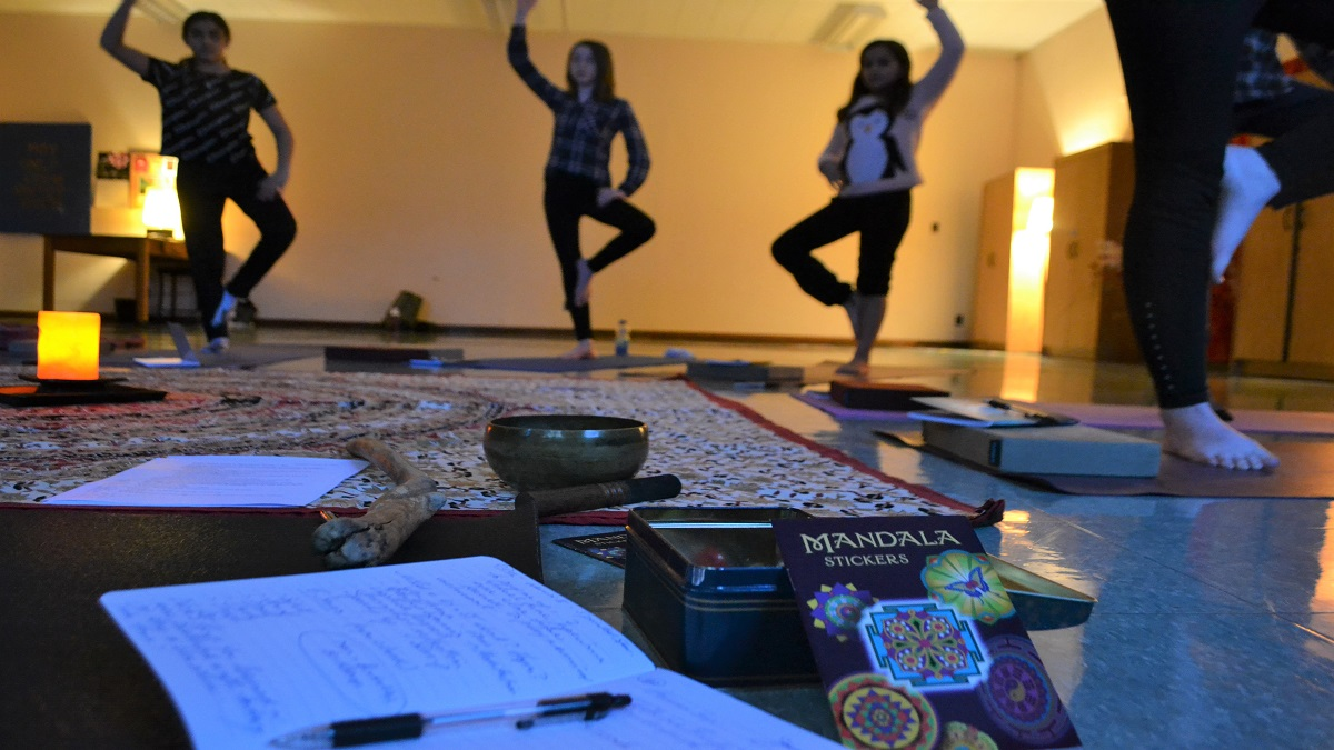 Yoga for youth a growing phenomenon in Ottawa