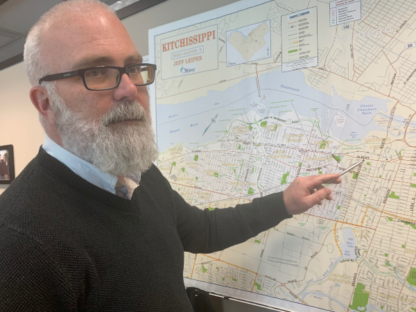 Coun. Jeff Leiper gestures to a map of his ward where the LRT is creating noise issues. ©Haesun Jung