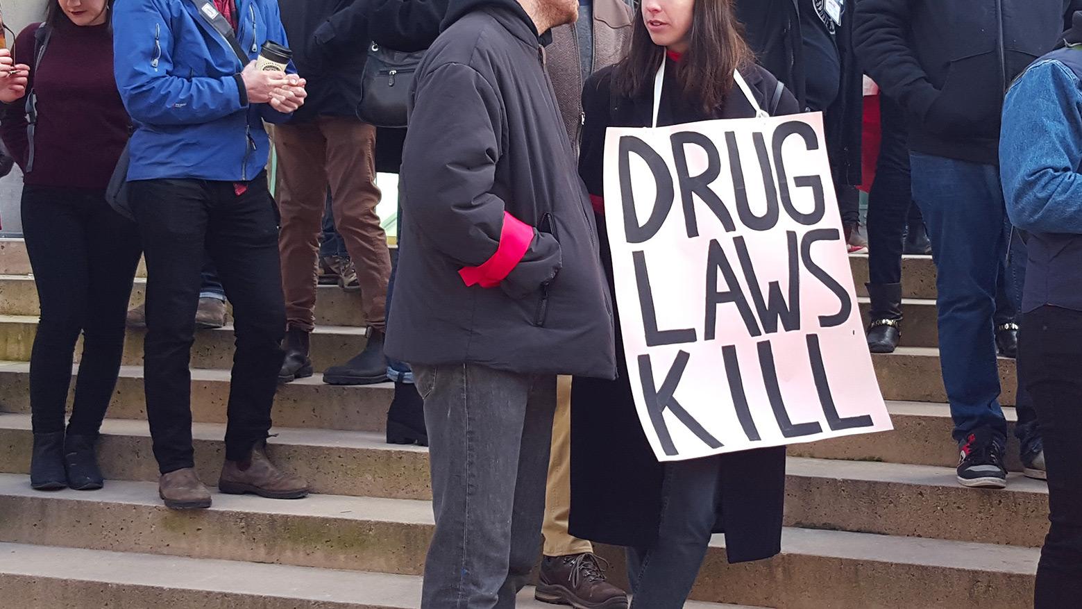 Police chiefs urge decriminalization of drug possession; policy experts urge faster, broader reform