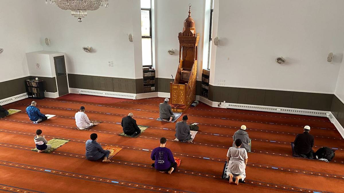 COVID consequences: Ottawa mosques adapt in-person prayers and virtual services
