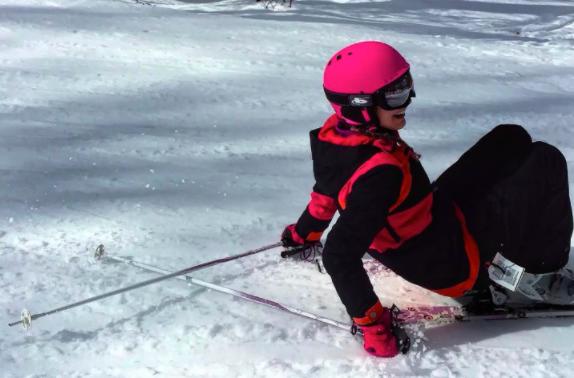 Hope rekindled as skiing returns to recently reopened Ottawa-area hills