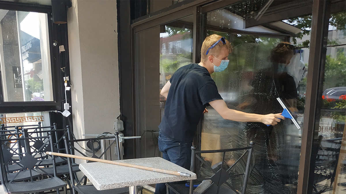 Restaurant owners cautiously optimistic about summer as patios open to customers