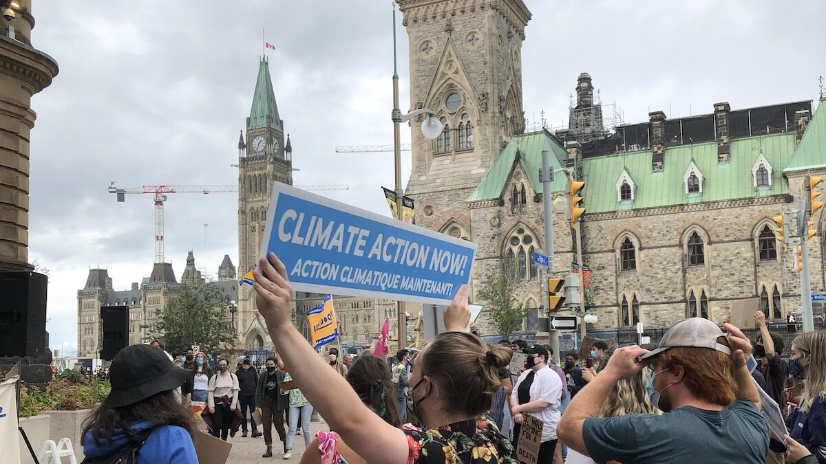Climate protestors in Ottawa demand stricter action to curb emissions, carry message to Prime Minister's Office